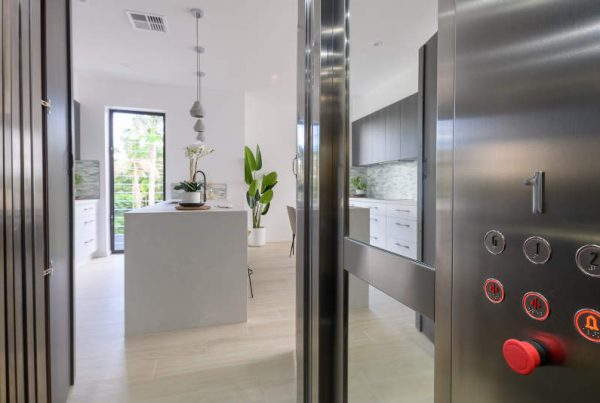 Axis 18 Residential Lift
